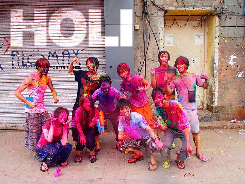 北インドのお祭り、ホーリーに参加!